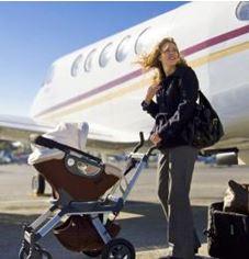 5 lucruri pe care NU trebuie sa le omiti cand calatoresti cu bebe in avion
