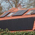 Cum te ajuta un panou fotovoltaic sa faci economii?