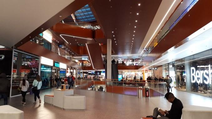 magazine din mall Dambovita
